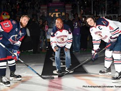 Super Bowl MVP Hines Ward dropping the ceremonial 1st puck to open the 2018-19 Johnstown Tomahawks season