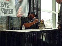 Super Bowl Champ, Jerome Bettis signing autographs at the Pittsburgh World of Wheels Auto Show
